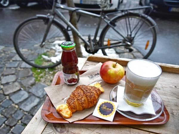 Bike & Breakfast